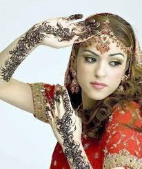 Beautiful Mehndi Design For Girls 2014